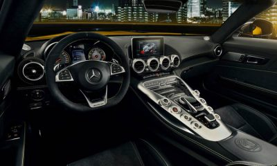 Mercedes-Benz-AMG-GT-S-Roadster-cockpit-2019