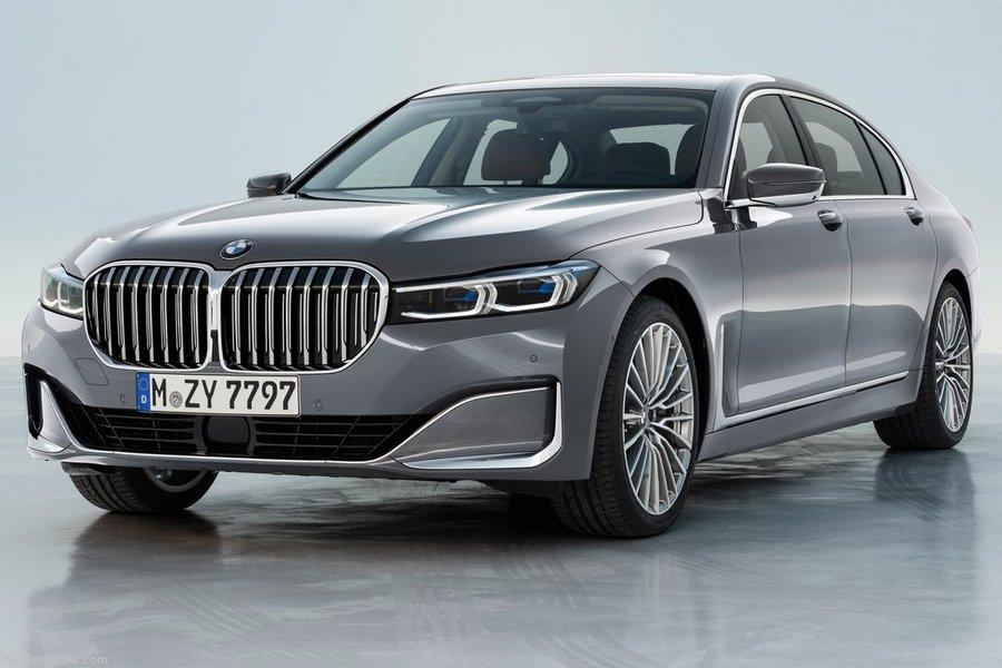 BMW-7-Series-2020-left-front