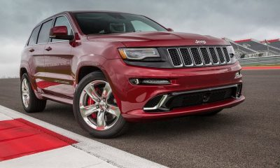 Jeep-Grand-Cherokee-SRT-2014-right-front