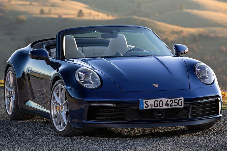 Lente Werpt Schaduw Alvast Vooruit Door Introductie Nieuwe Porsche