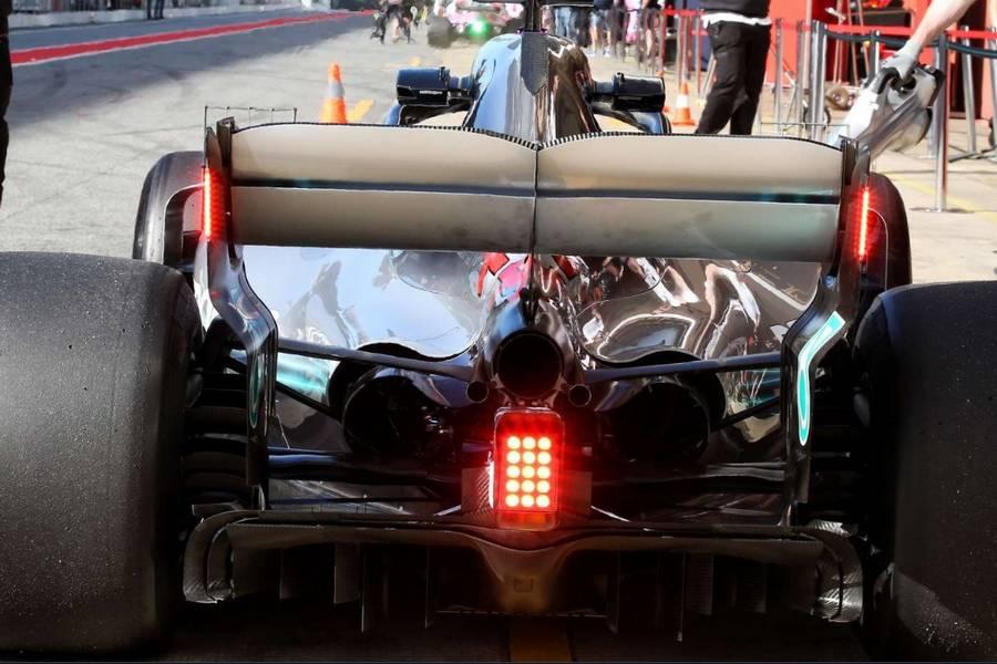 ledverlichting achtervleugel formule 1 auto seizoen 2019