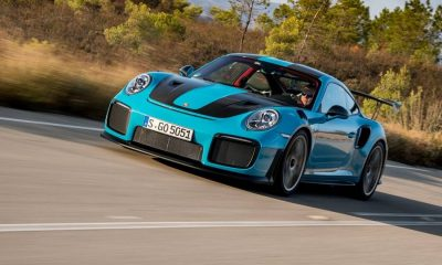 Porsche-911-GT2-RS-2018-links-neus