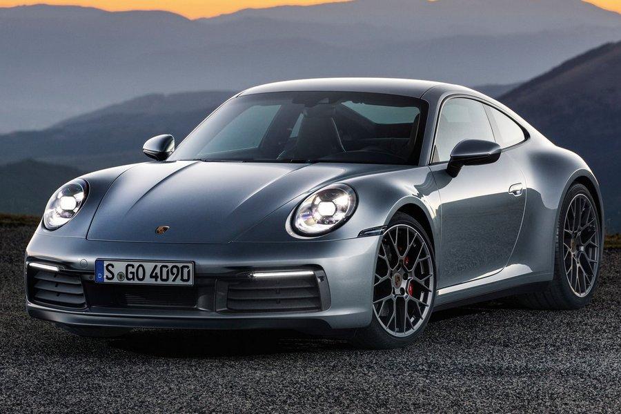 Porsche-911_Carrera_4S-2019-rechtsvoor