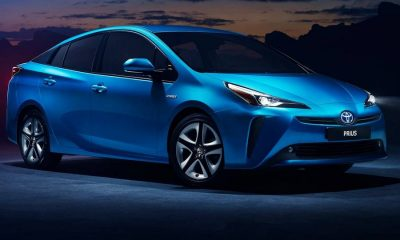 Toyota-Prius-2019-linksvoor.