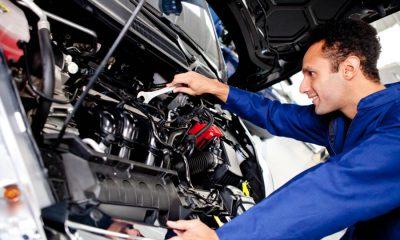 auto-monteur-sleutelen-motor-apk-keuring