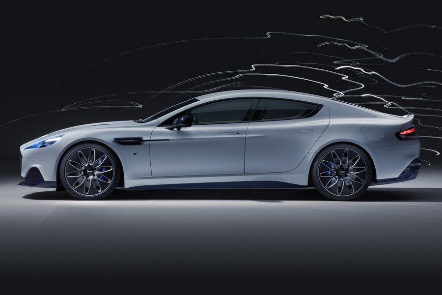 Aston_Martin-Rapide_E-2020-zijkant