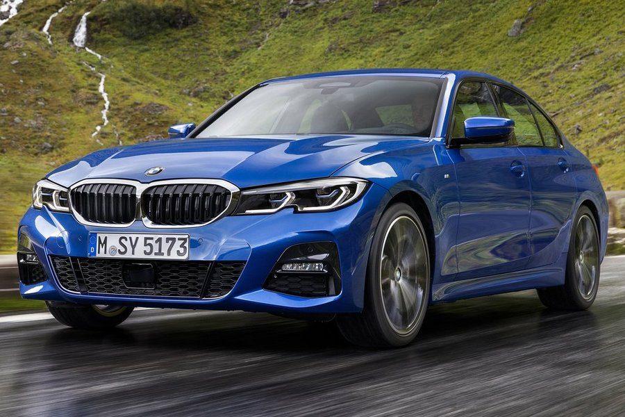 BMW-3-Series-2019-rechtsvoor