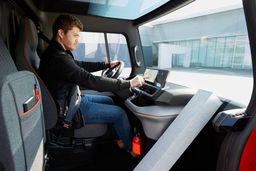 Renault-EZ-Flex_Concept-2019-interieur-navigatie