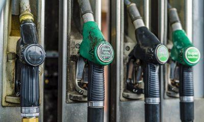 benzine-station-pomp-diesel-auto