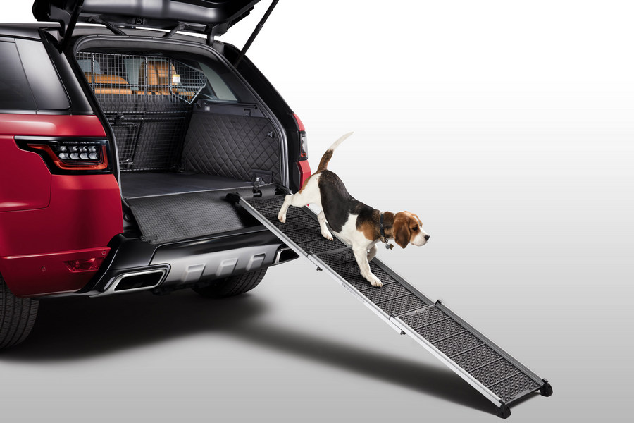 loopplank-land-rover-hond-reclame