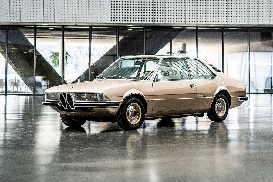 BMW-Garmisch_Recreation_Concept-2019-linksvoor