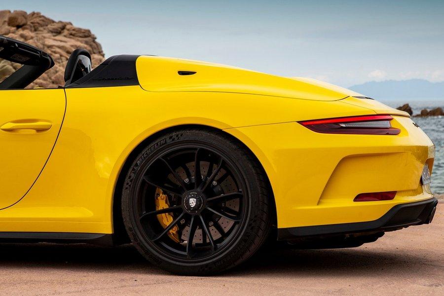 Porsche-911_Speedster-2019-achterkant