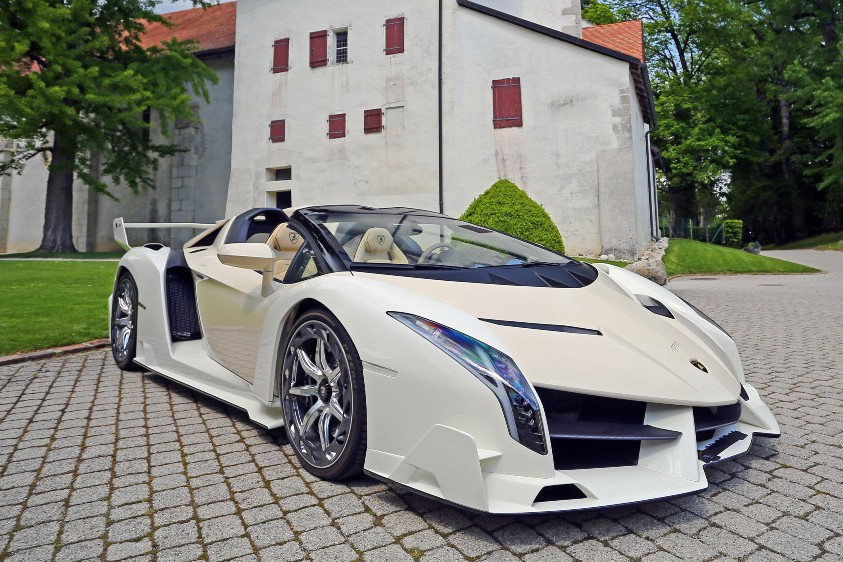 lamborghini-veneno-roadster-auction-one-of-nine