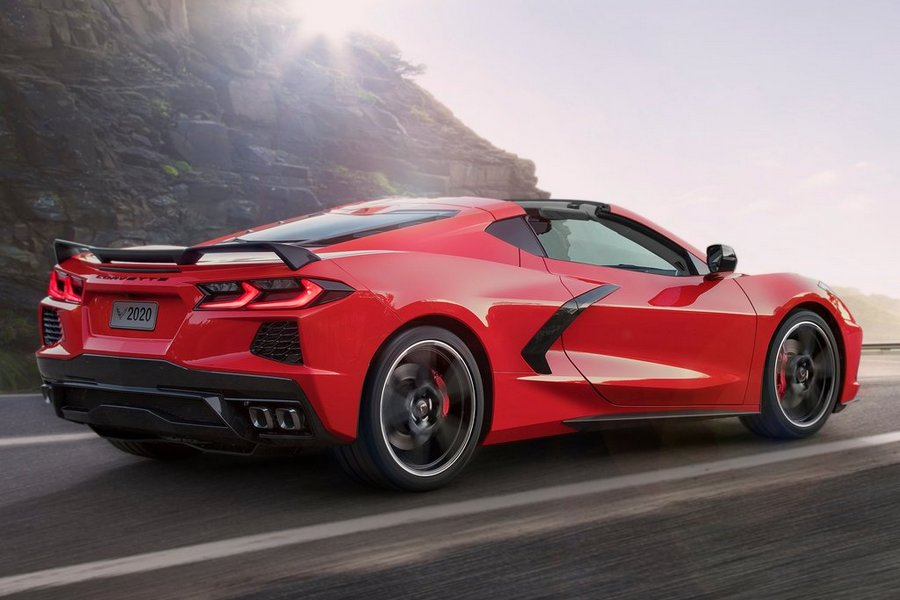 Chevrolet-Corvette_C8_Stingray-2020-rechtsachter