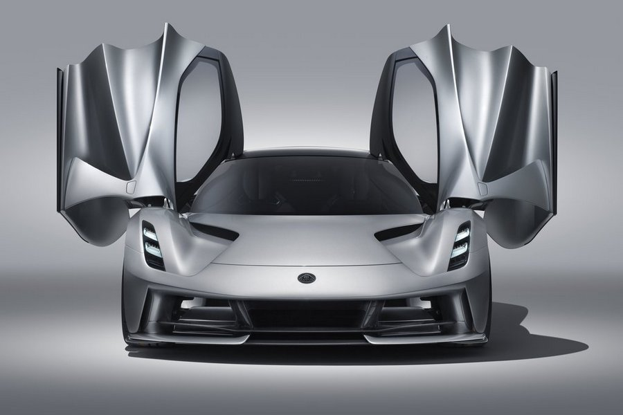 Lotus-Evija-2020-deuren-open