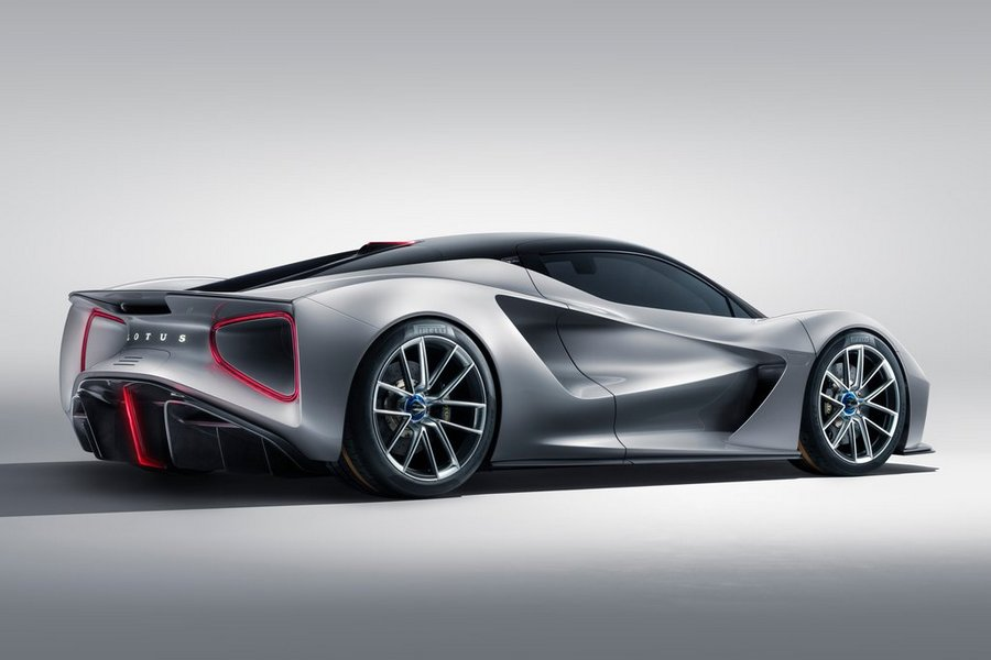 Lotus-Evija-2020-rechtsachter