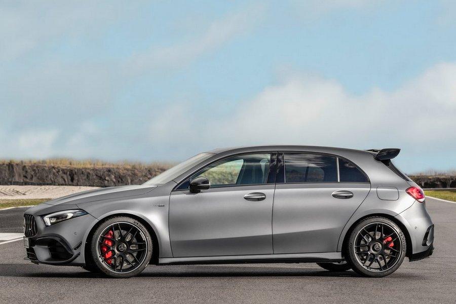 Mercedes-Benz-A45_S_AMG_4Matic-2020-zijkant
