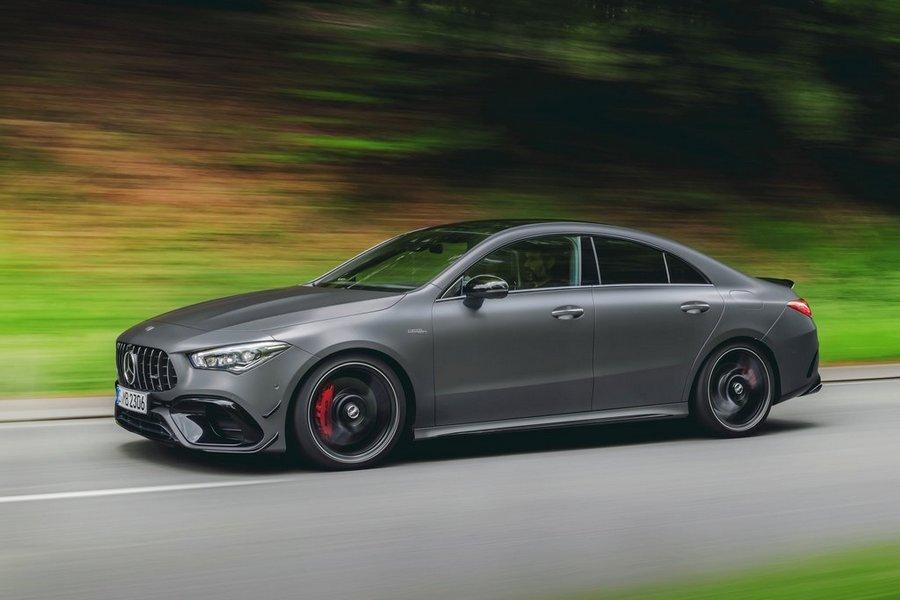 Mercedes-Benz-CLA45_S_AMG_4Matic-2020-zijkant