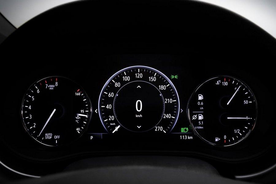 Opel-Astra-2020-dashboard