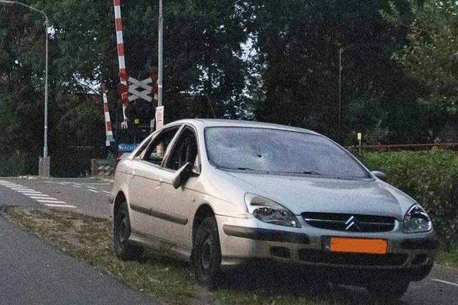auto-kropswolde-vernield-bijl