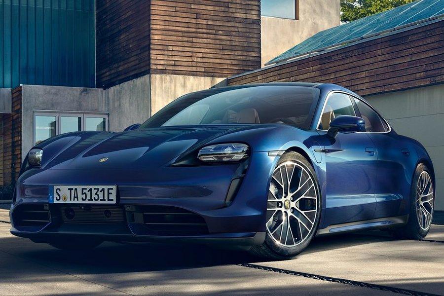 Porsche-Taycan-2020-rechstvoor