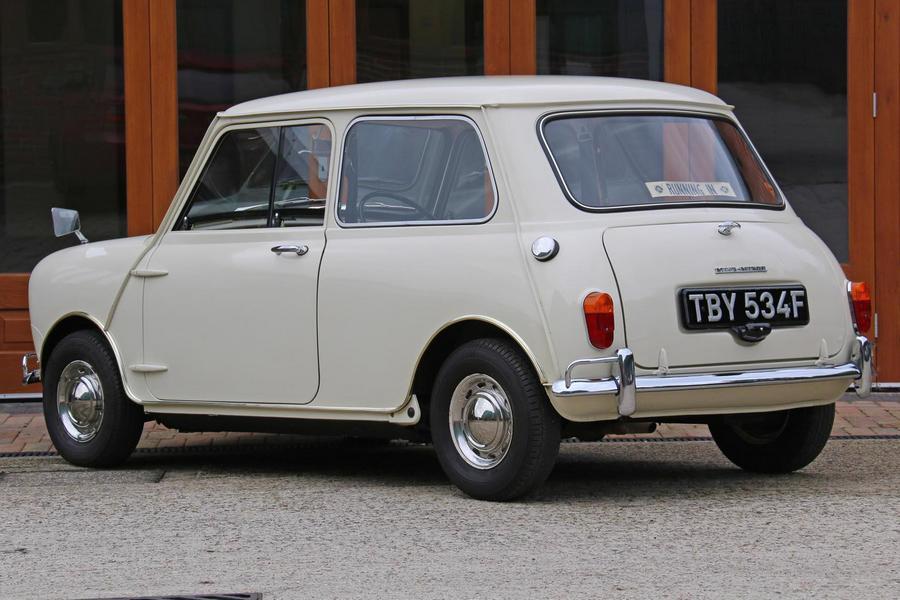 morris-mini-1968-veiling-achterkant