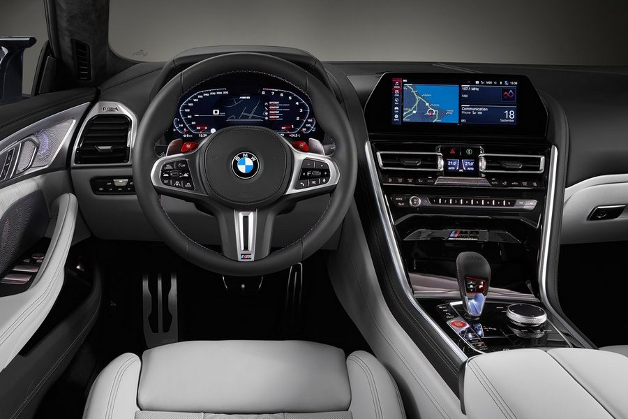 BMW-M8_Gran_Coupe_Competition-2020-interieur