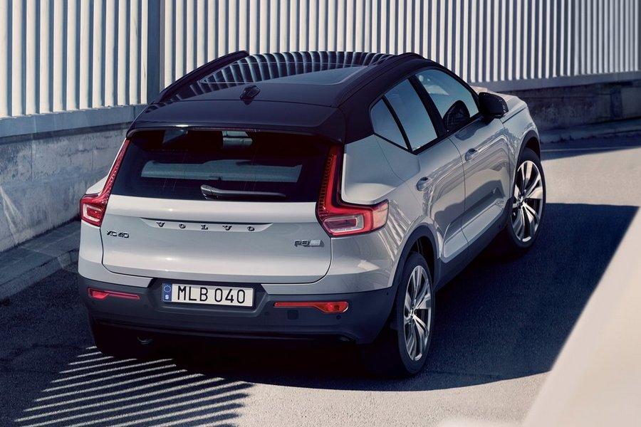 Volvo-XC40_Recharge-2020-rechtsachter