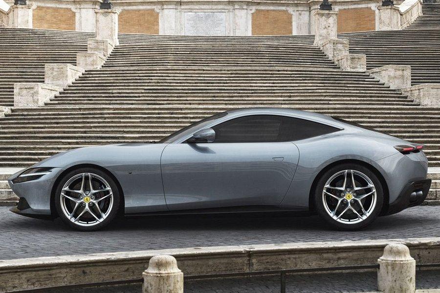 Ferrari-Roma-2020-zijkant