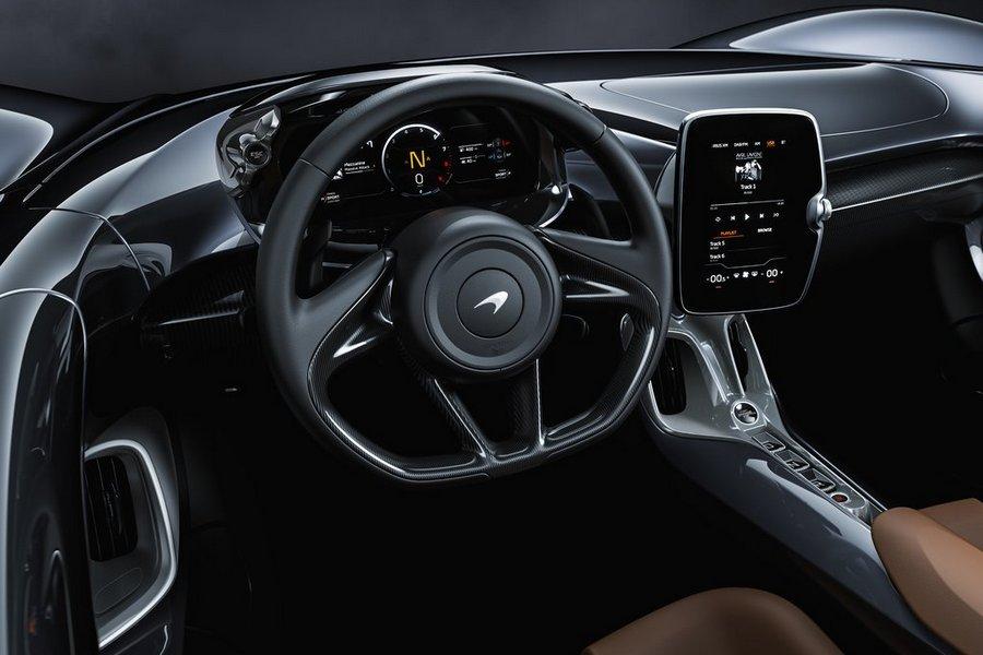 McLaren-Elva-2021-interieur