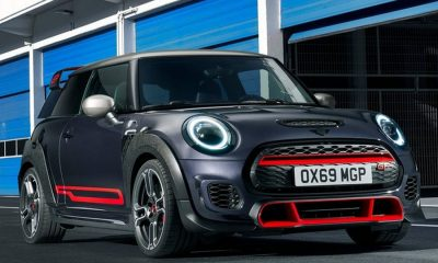Mini-John_Cooper_Works_GP-2020-linksvoo